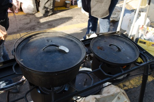 Keeping a Dutch oven lid warm on the Camp Chef stove
