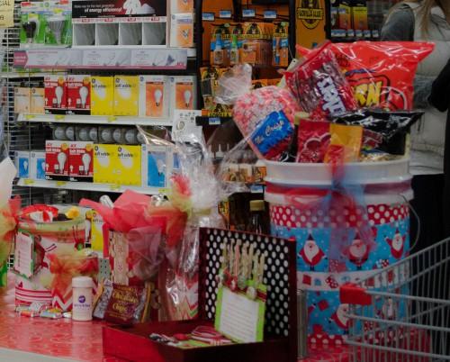 Holiday gift wrap ideas at Smith & Edwards