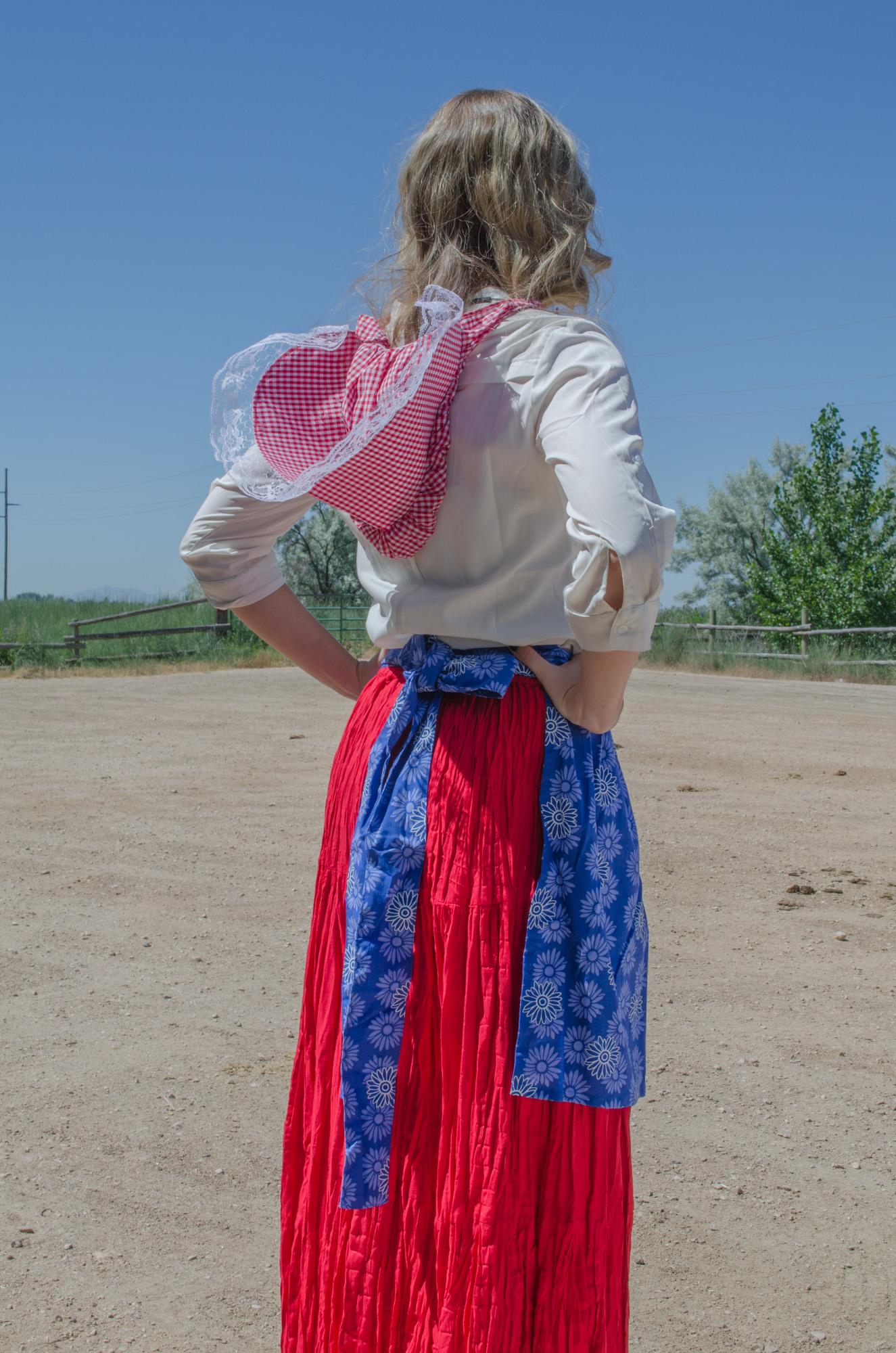 Women's Trek pioneer outfit