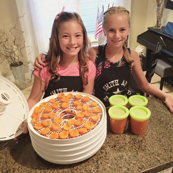 Maggie & Hannah making dehydrated apricots & freezer jam