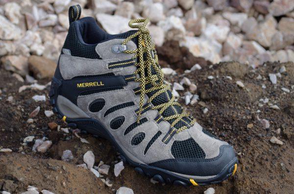 Men's Merrell Onvoyer Hiking Boots