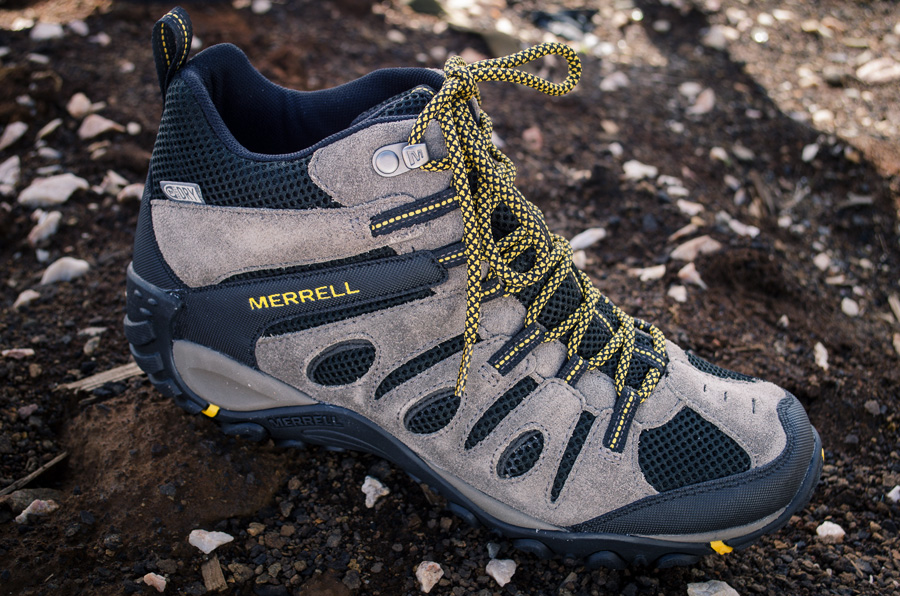 Men's Merrell Onvoyer Hiking Boots