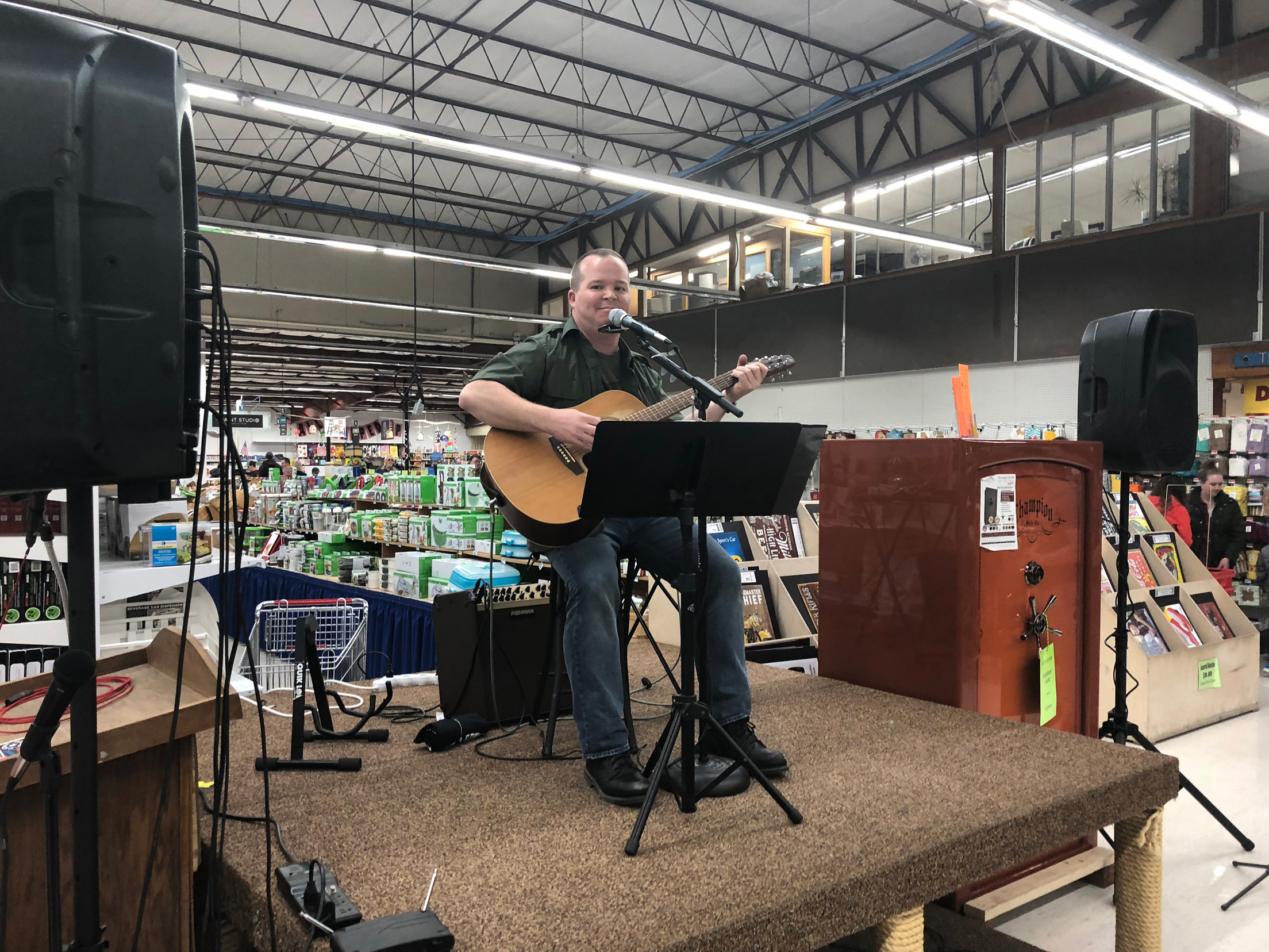 Mark Malan playing his acoustic guitar for live entertainment and fun.